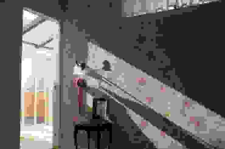 沼津 I邸 ラスティックスタイルの 寝室 の HAPTIC HOUSE ラスティック