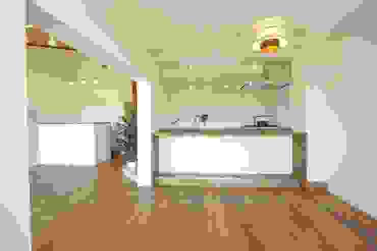 Kitchen 北欧デザインの キッチン の アールデザインスタジオ株式会社 北欧 木 木目調