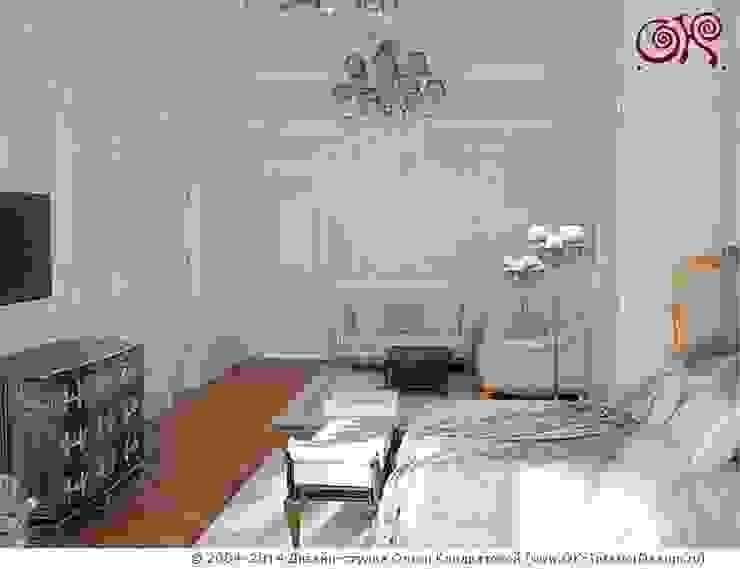 Camera da letto in stile classico di Дизайн студия Ольги Кондратовой Classico