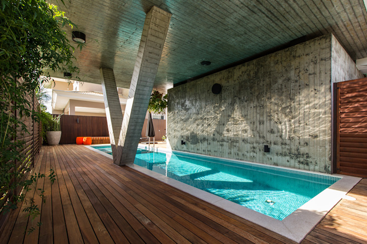 Modern houses by Thiago Borges Mendes Arquitetura Modern