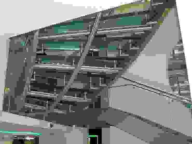 by Snep Exclusieve Metalen BV Modern
