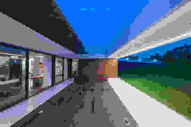 Terrazas de estilo  por MOBIUS ARCHITEKCI PRZEMEK OLCZYK