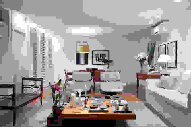 Salas integradas: estar e jantar Salas de estar ecléticas por Angela Medrado Arquitetura + Design Eclético