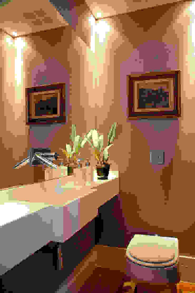 Banheiro Social Banheiros ecléticos por Angela Medrado Arquitetura + Design Eclético