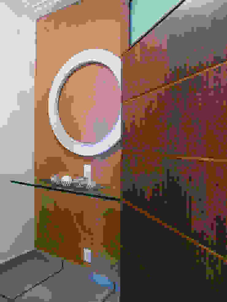 Hall de elevador por Flávia Brandão - arquitetura, interiores e obras Clássico