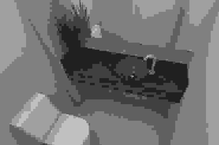 APARTAMENTO MI Banheiros modernos por ESTUDIO ARK IT Moderno