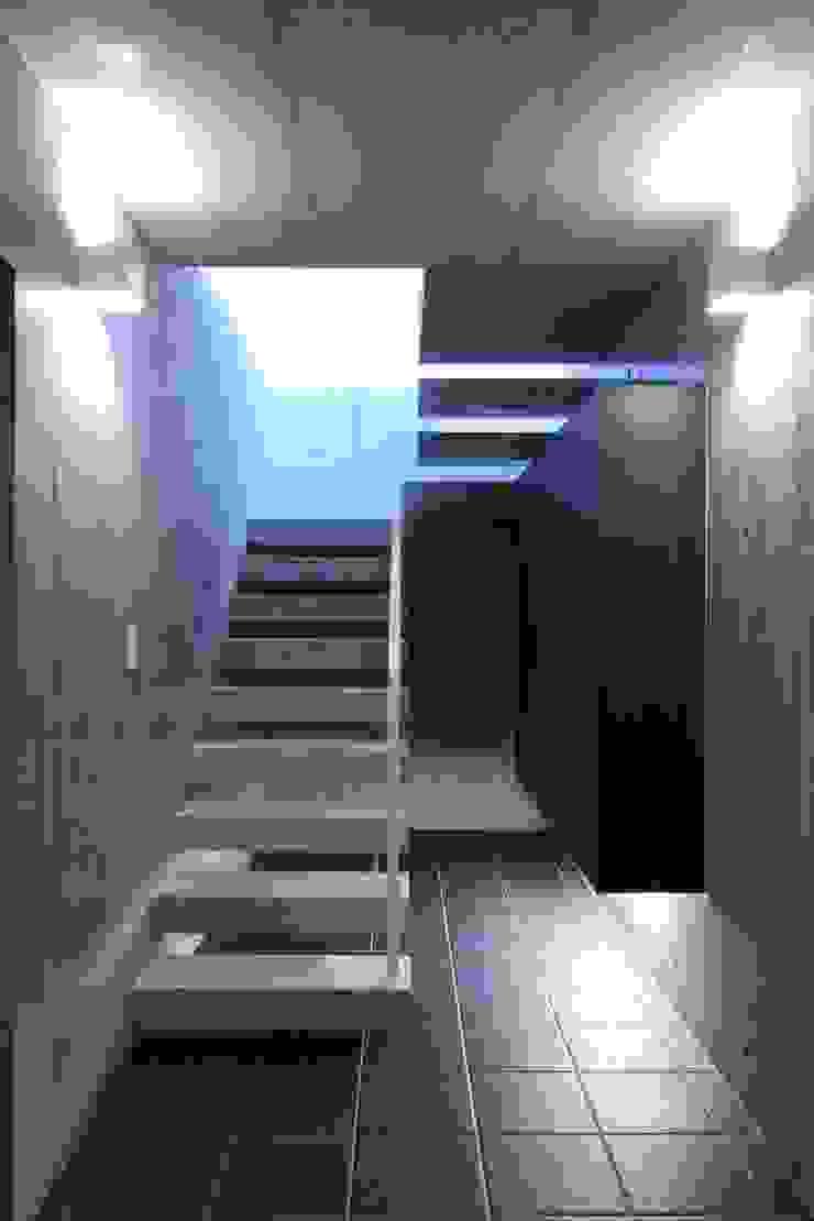 エントランス モダンスタイルの 玄関&廊下&階段 の FIELD NETWORK Inc. モダン