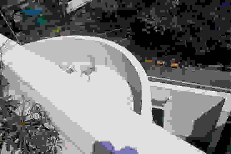 室内と繋がる屋外テラス モダンな医療機関 の 久保田章敬建築研究所 モダン
