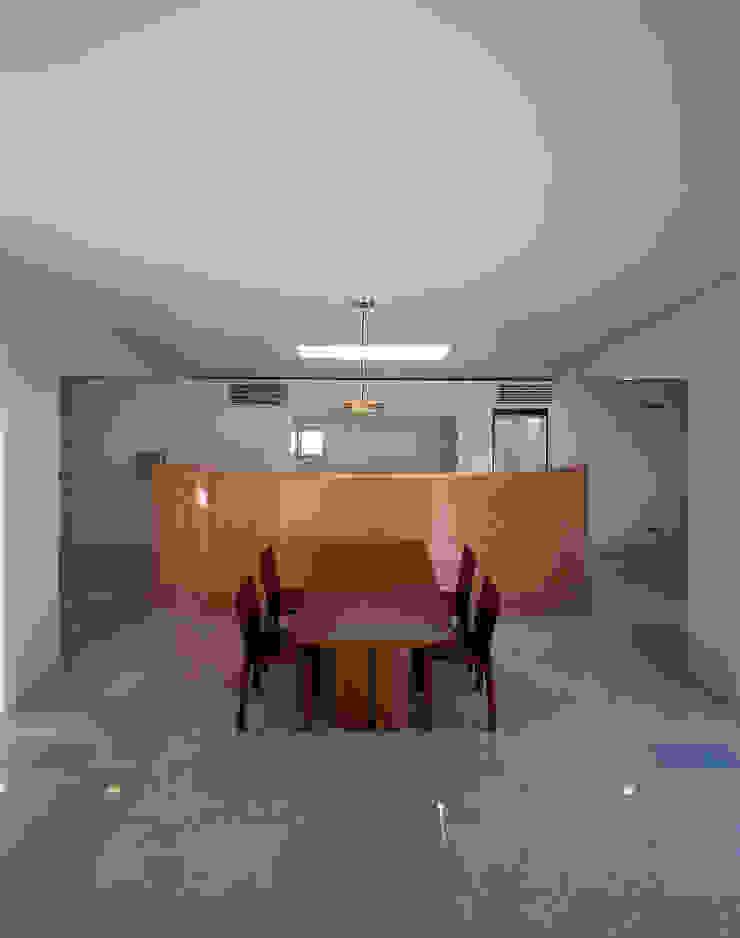 ダイニング&キッチン: 久保田章敬建築研究所が手掛けた現代のです。,モダン