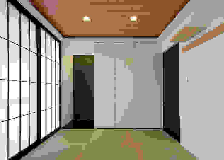 和室 カントリーデザインの 多目的室 の Egawa Architectural Studio カントリー