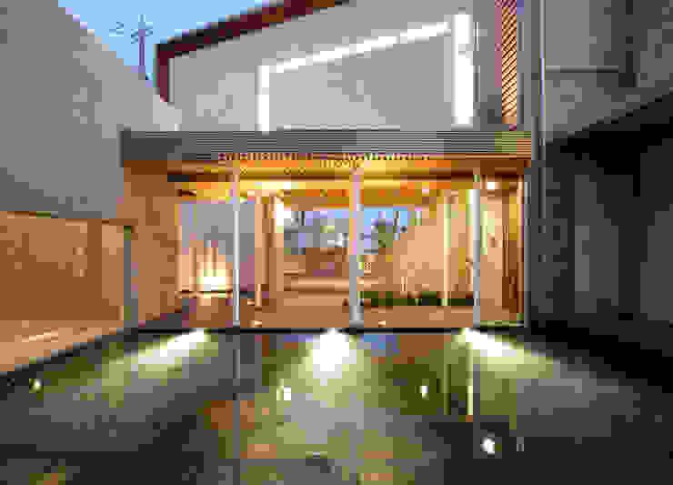 水盤 オリジナルな 庭 の Egawa Architectural Studio オリジナル