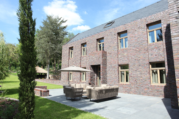 Gartenterrasse Klassische Häuser von Neugebauer Architekten BDA Klassisch