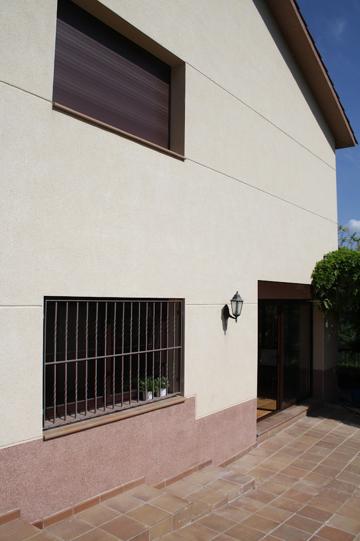 Reforma parcial vivienda RIELLS I VIABREA Casas de estilo rústico de ROIMO INTEGRAL GRUP Rústico