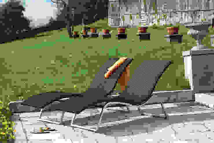 de Rattania GmbH Moderno