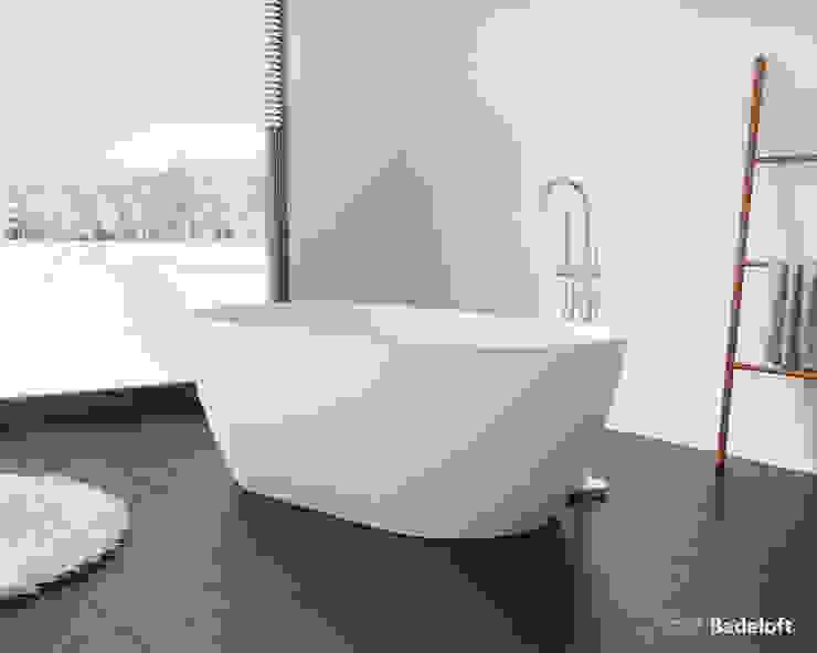 Fabelhafte freistehende Badewanne BW-02-XL: modern  von Badeloft GmbH - Hersteller von Badewannen und Waschbecken in Berlin,Modern