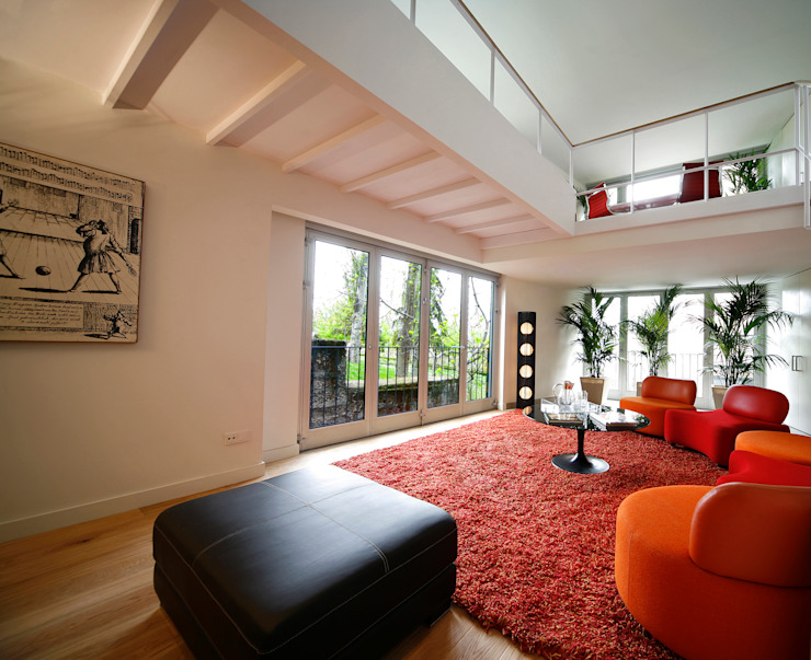 Valliciergo Balcones y terrazas de estilo minimalista de TEÓFILO. Carpintería de Aluminio Minimalista