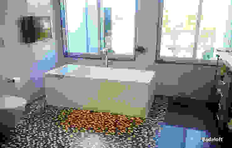Badeloft GmbH - Hersteller von Badewannen und Waschbecken in Berlin BathroomBathtubs & showers