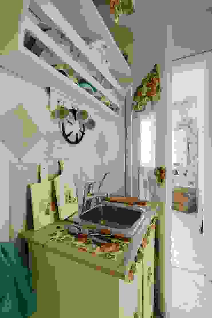 Из однушки в трешку – квартира в Москве Татьяна Апрельская - Бесплатный ремонт! Кухня в классическом стиле