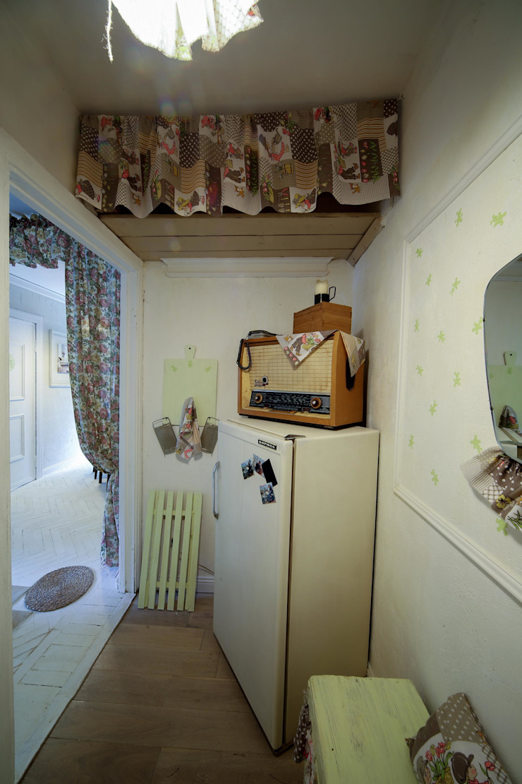 Из однушки в трешку – квартира в Москве Татьяна Апрельская - Бесплатный ремонт! Коридор, прихожая и лестница в классическом стиле