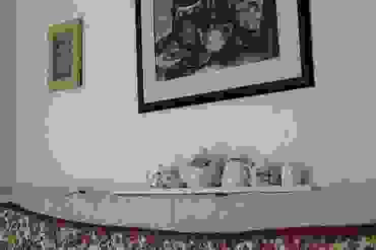 Из однушки в трешку – квартира в Москве Татьяна Апрельская - Бесплатный ремонт! Столовая комнатаПосуда и стекло