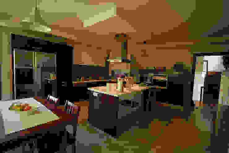 Кухня в стиле модерн от Tulya Evleri Модерн