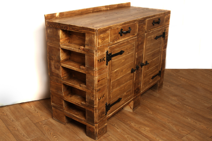 Large sideboard di Pallet Stuff Glasgow Rustico