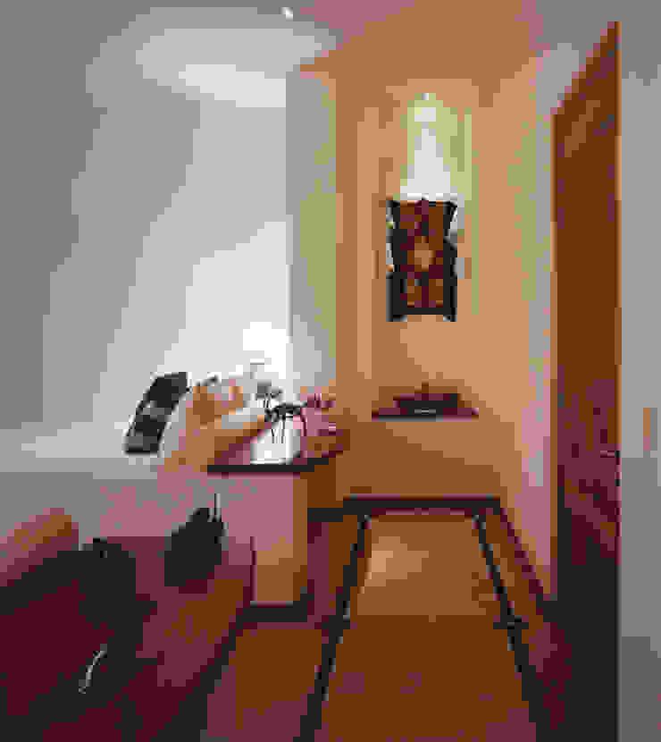 Casa Cuixa Dormitorios tropicales de BR ARQUITECTOS Tropical