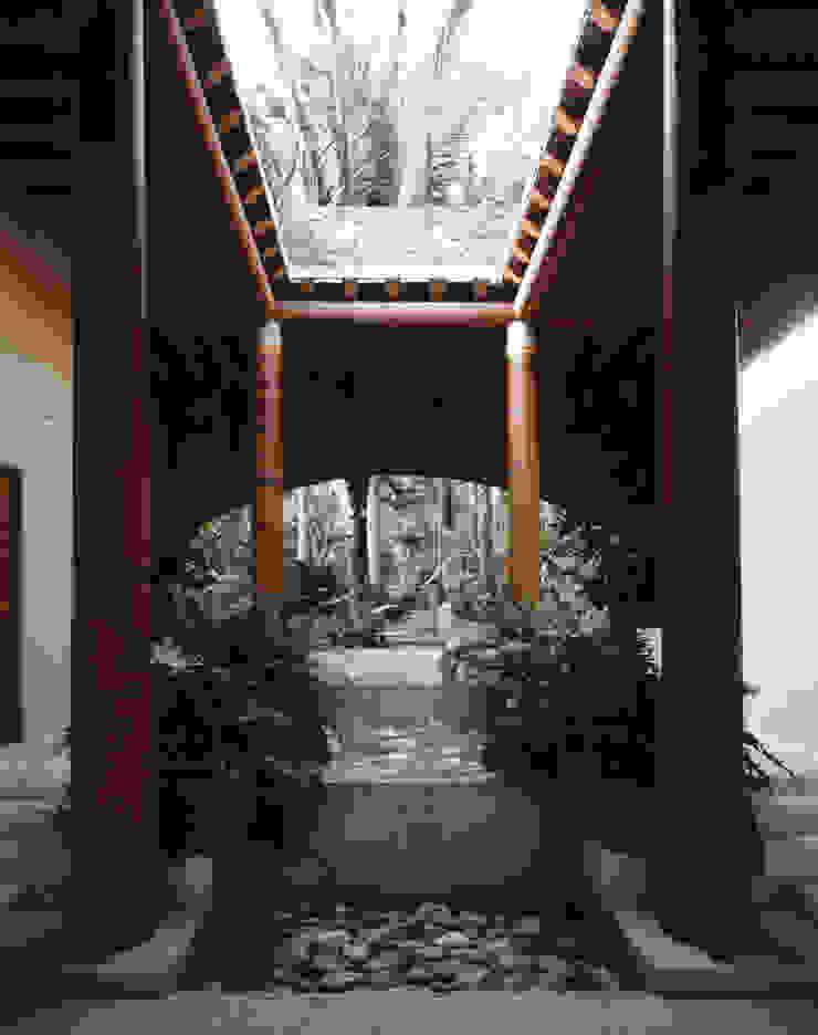 Casa Cuixa Tropische gangen, hallen & trappenhuizen de BR ARQUITECTOS Tropical