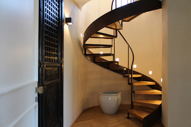 Blocco8 Architettura Classic style corridor, hallway and stairs