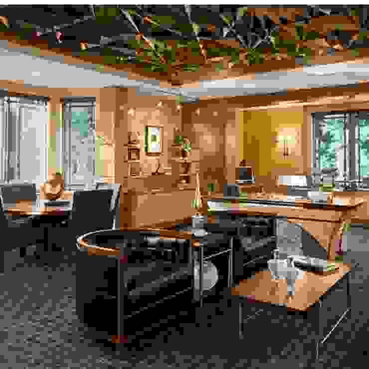 Дизайн проекты и предметы мебели Стены и пол в классическом стиле от АрДи Хаус Классический