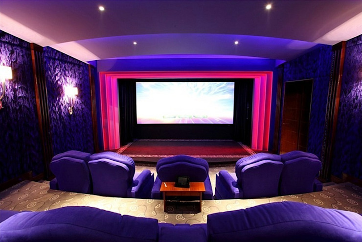 Classic style media room by Креативные Инженерные Решения Classic