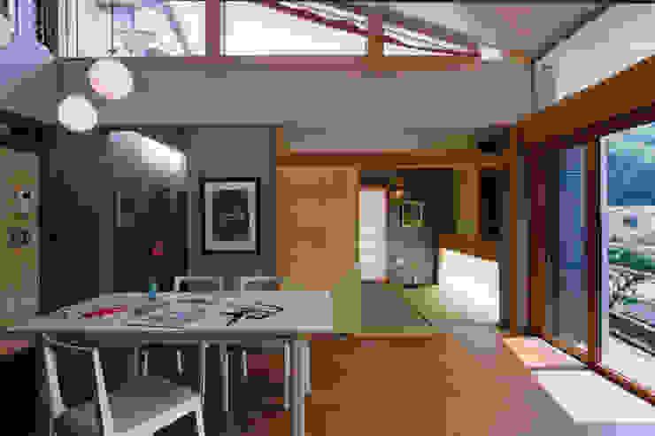 リビングアトリエ オリジナルデザインの リビング の 小川真樹建築綜合計画 オリジナル