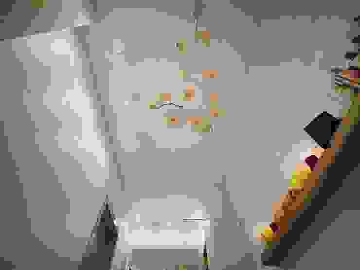 Квартира для большой семьи Ванная комната в эклектичном стиле от Дизайн-бюро Анны Шаркуновой 'East-West' Эклектичный