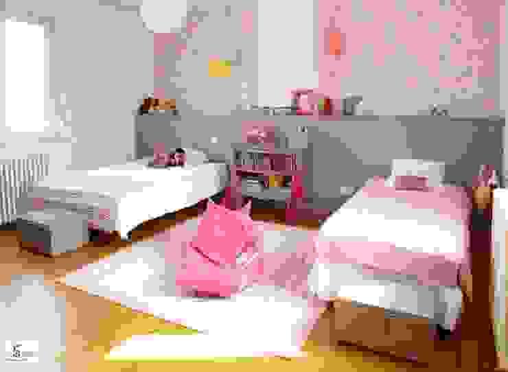 rénovation d'une chambre en chambre d'enfants Chambre d'enfant moderne par Emilie Bigorne, architecte d'intérieur CFAI Moderne