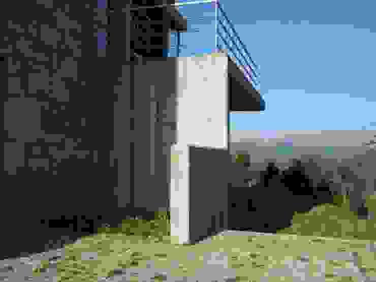 Aldeia das Dez - Depois da reconstrução:   por Almont - Projectos de Construção Civil, Lda.,