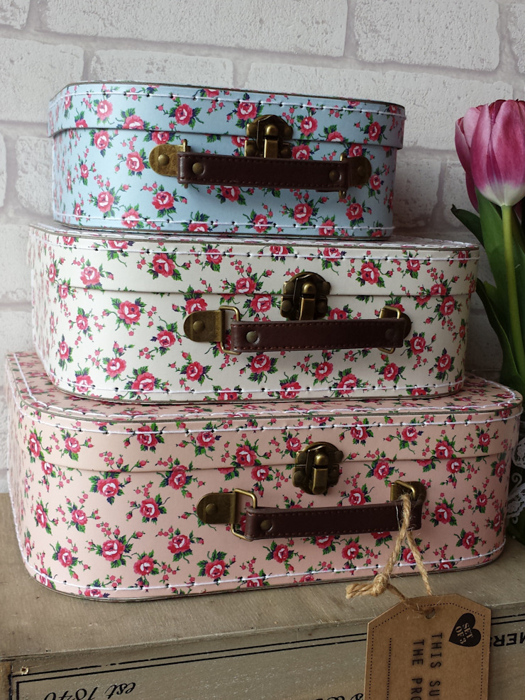 Shabby Chic Home Accessories: classic  by TreatBox, Classic