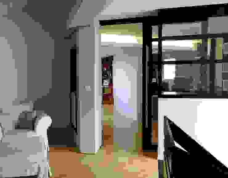 arrivée de l'escalier Chambre d'enfant moderne par Emilie Bigorne, architecte d'intérieur CFAI Moderne