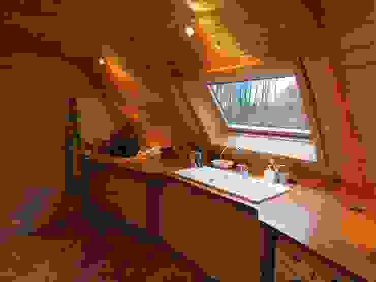 Дома Кухня в стиле модерн от DOMESPACE VOSTOK Модерн
