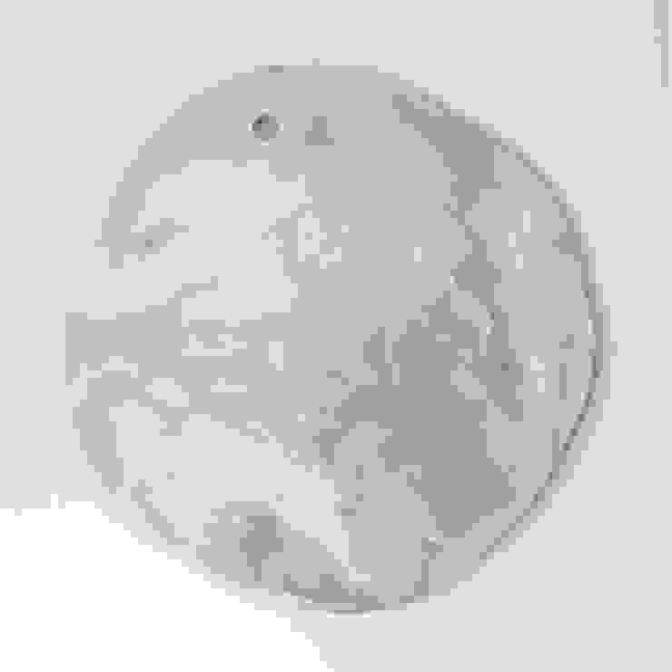 Handmade ceramic cheese / cake board por Lagrima - Handmade ceramics Escandinavo