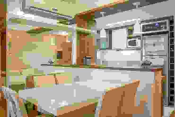 Apartamento Grécia Salas de jantar modernas por Camila Chalon Arquitetura Moderno
