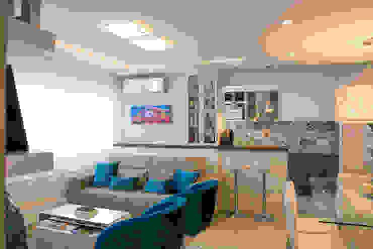 Salas de estar  por Camila Chalon Arquitetura, Moderno