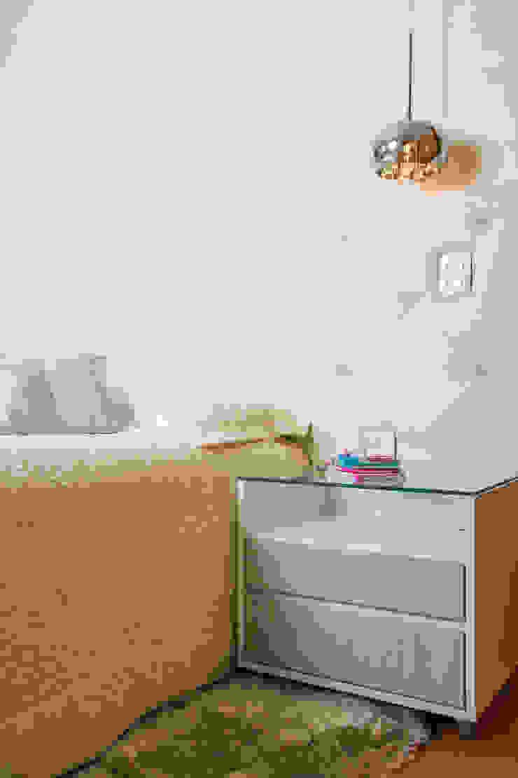 Apartamento Grécia Quartos modernos por Camila Chalon Arquitetura Moderno