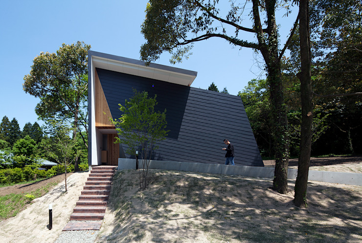 บ้านและที่อยู่อาศัย by 伊藤憲吾建築設計事務所