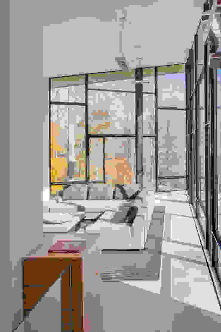 Difficult Run Residence by Robert Gurney Architect Modern