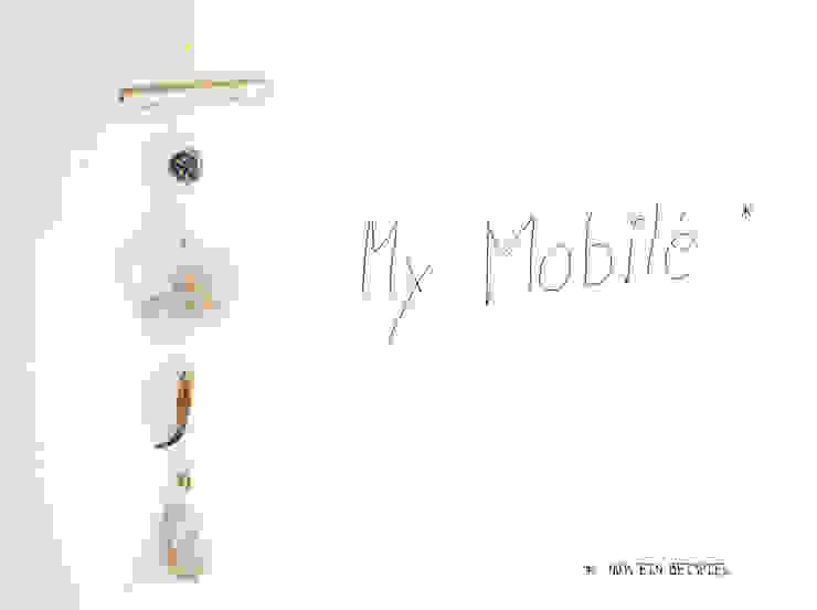 Mobilé aus Muscheln, Kronkorken, Glasperlen und anderen Strandfunden von JEVO Skandinavisch