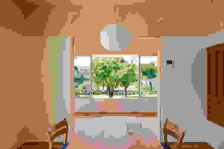 Salle à manger originale par 矢内建築計画 一級建築士事務所 Éclectique