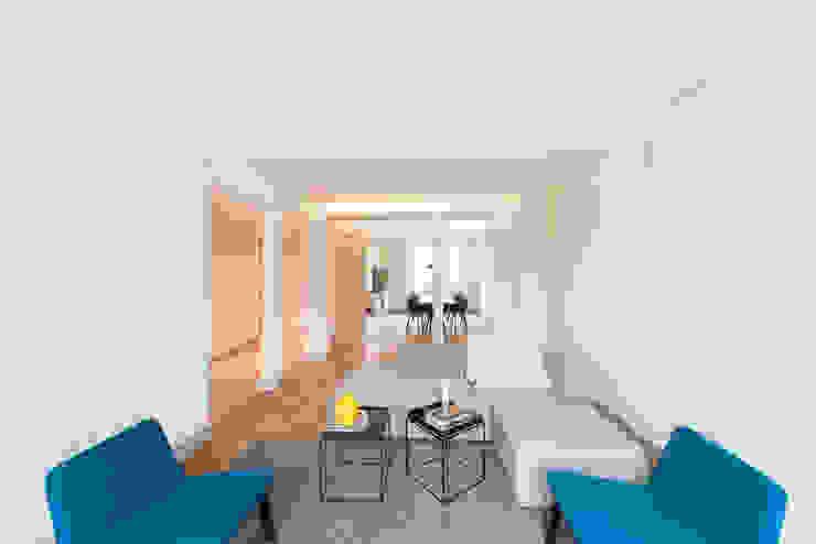 Juho Nyberg Architektur GmbH Classic style living room