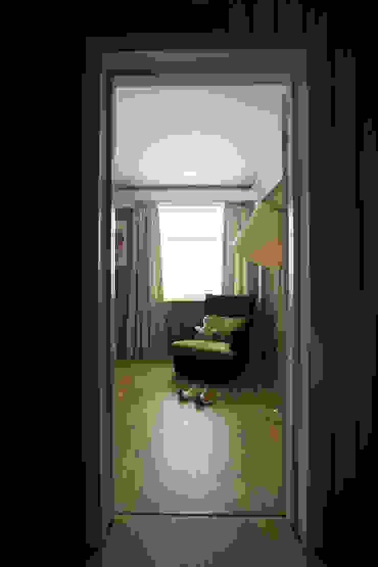 Спальня Спальня в классическом стиле от ORT-interiors Классический