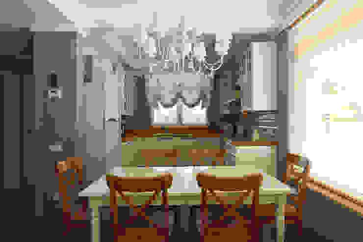 Кухня-столовая Кухня в классическом стиле от ORT-interiors Классический
