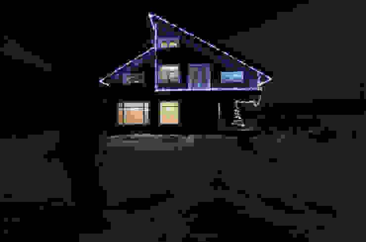 Ночной вид на фасад со двора Дома в эклектичном стиле от ORT-interiors Эклектичный
